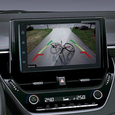 "RADIO TOUCHSCREEN DE 9""   Con cámara de retroceso. Conéctate con tu mundo, con Apple Car Play® y Android Auto®."