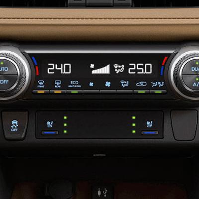 CLIMATIZADOR DUAL   Elige diferentes temperaturas con el sistema de climatizador dual, que incluye ventilación para la fila posterior (Disponible según versión).