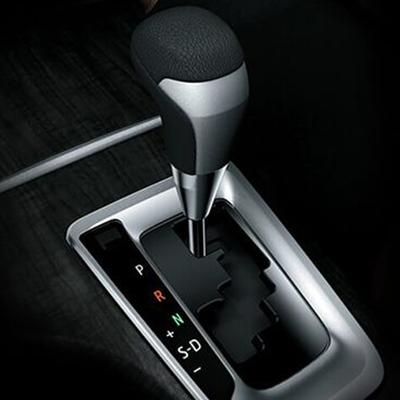 Transmisión   Disponible en versión mecánica con 5 y 6 velocidades, y en versión automática secuencial con 6 velocidades.