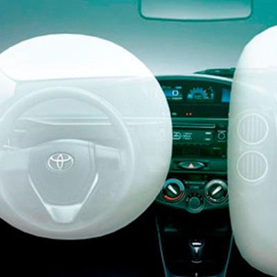 Airbags   Frente al piloto y al copiloto, tipo SRS diseñados para complementar el sistema de cinturones de seguridad y mejorar la protección en la cabina de conducción.